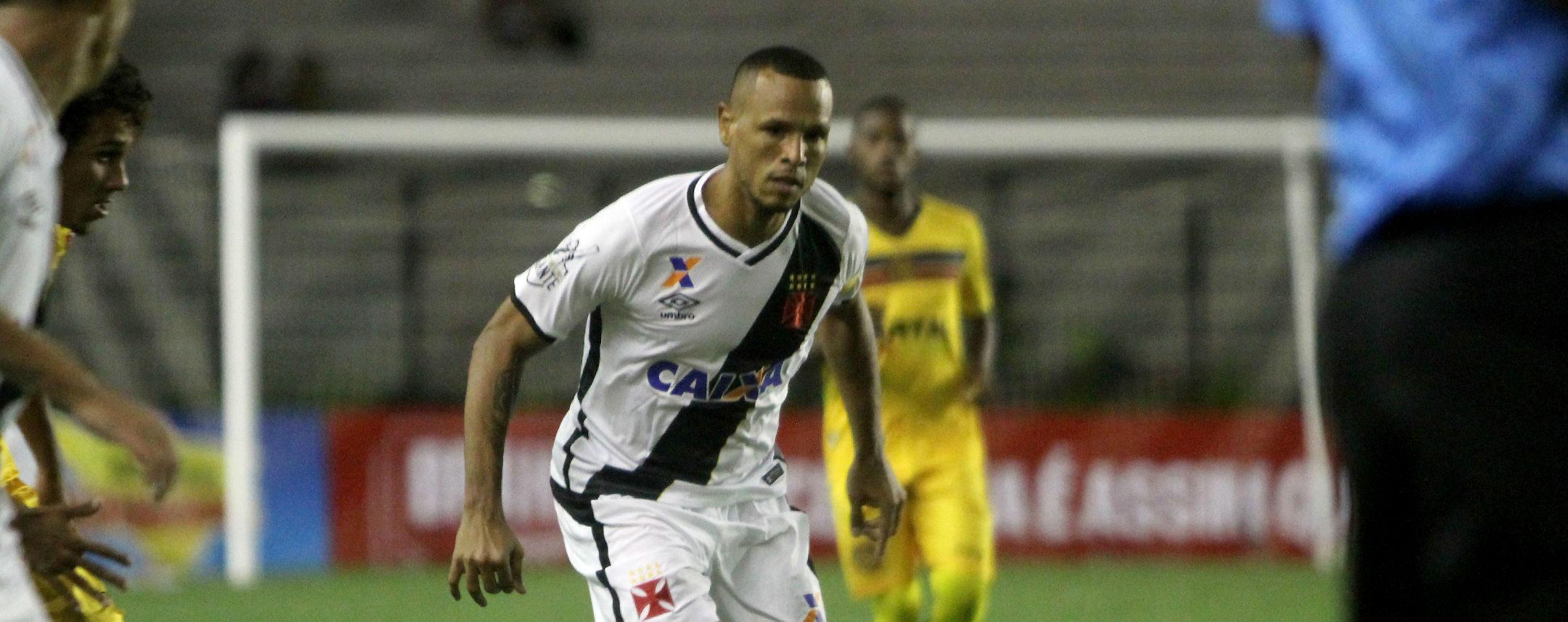 Luís Fabiano liberado para final da Taça Rio