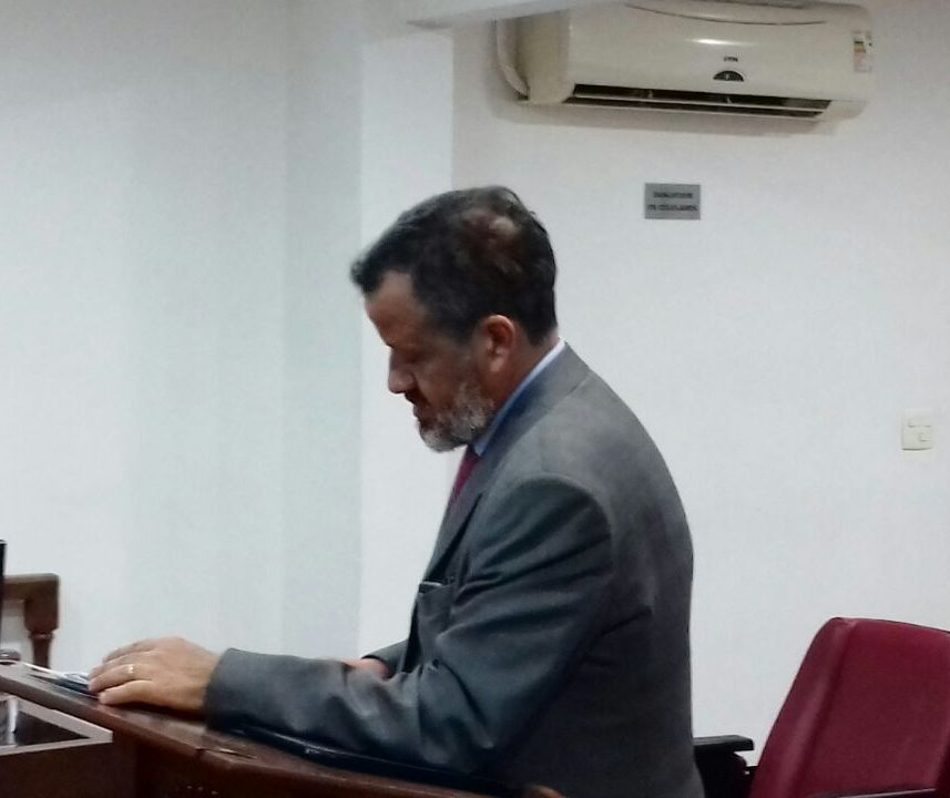 Com empate de votos, Luís Fabiano é beneficiado e tem pena reduzida no Pleno