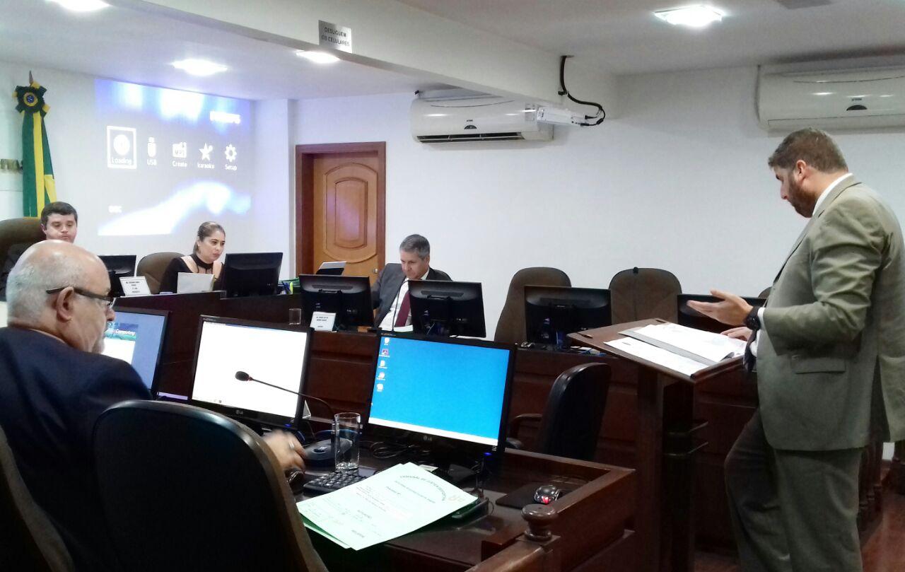 Vascaíno Douglas é advertido pela Oitava Comissão Disciplinar