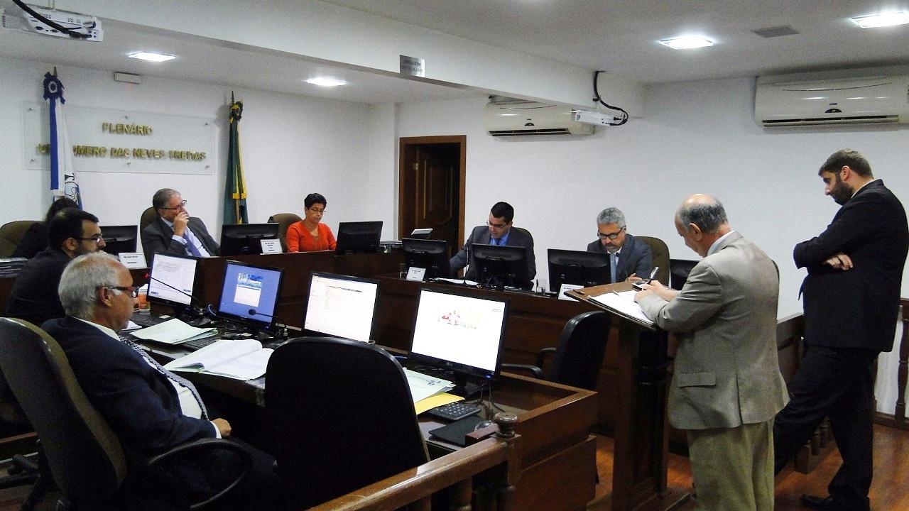 Vasco e Portuguesa são multados por confusão generalizada