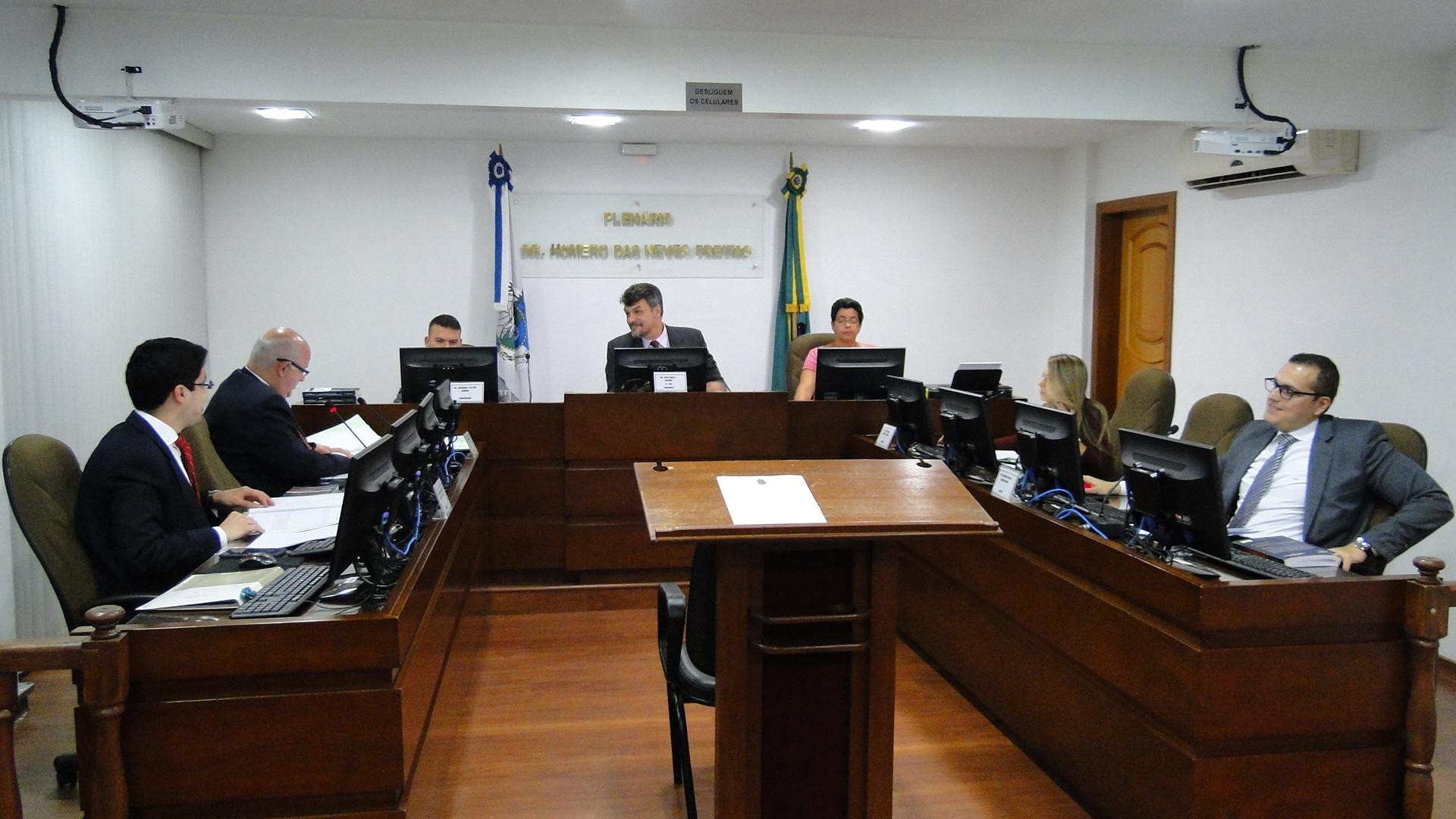 Sexta Comissão Disciplinar julga 10 processos