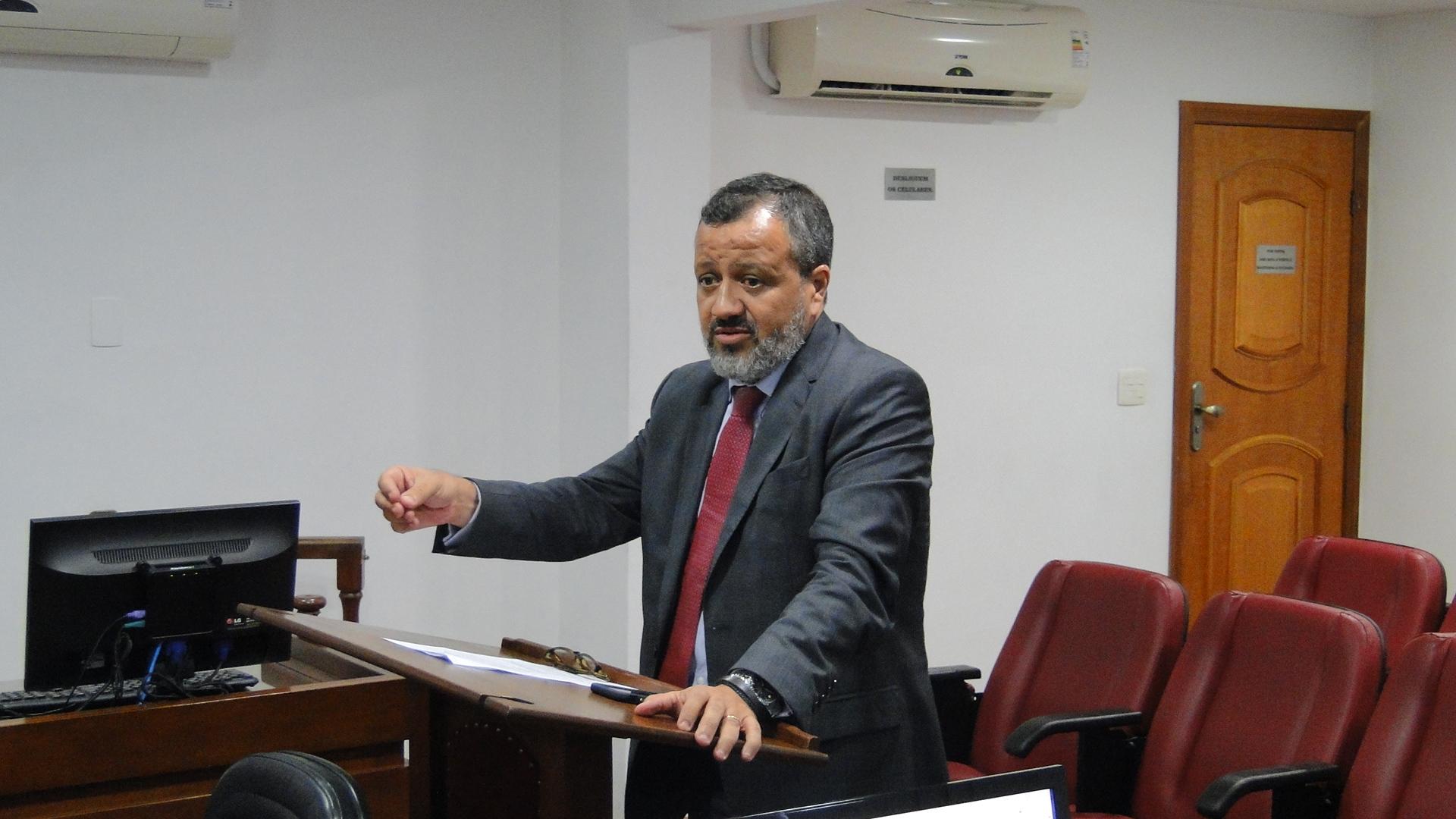 Nenê, ex-Vasco, é advertido pela Terceira Comissão