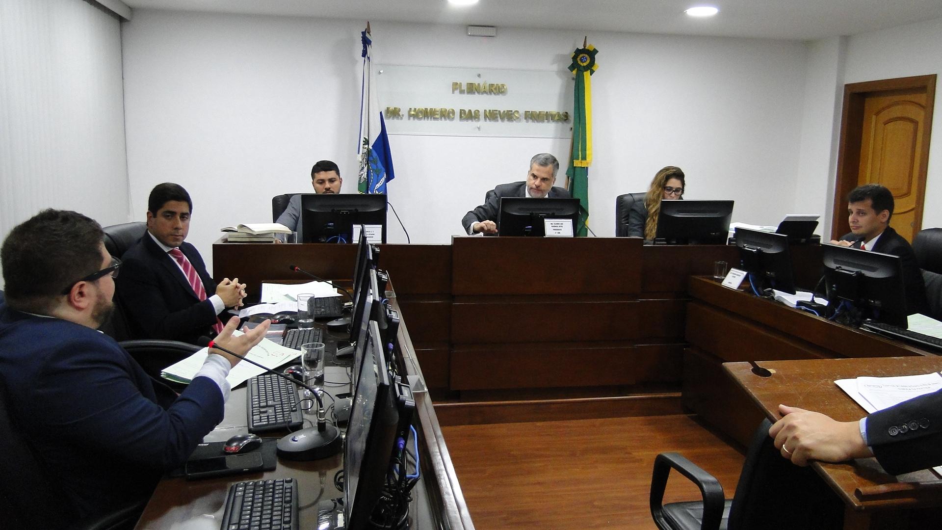 Atletas da base são julgados por expulsões no Carioca