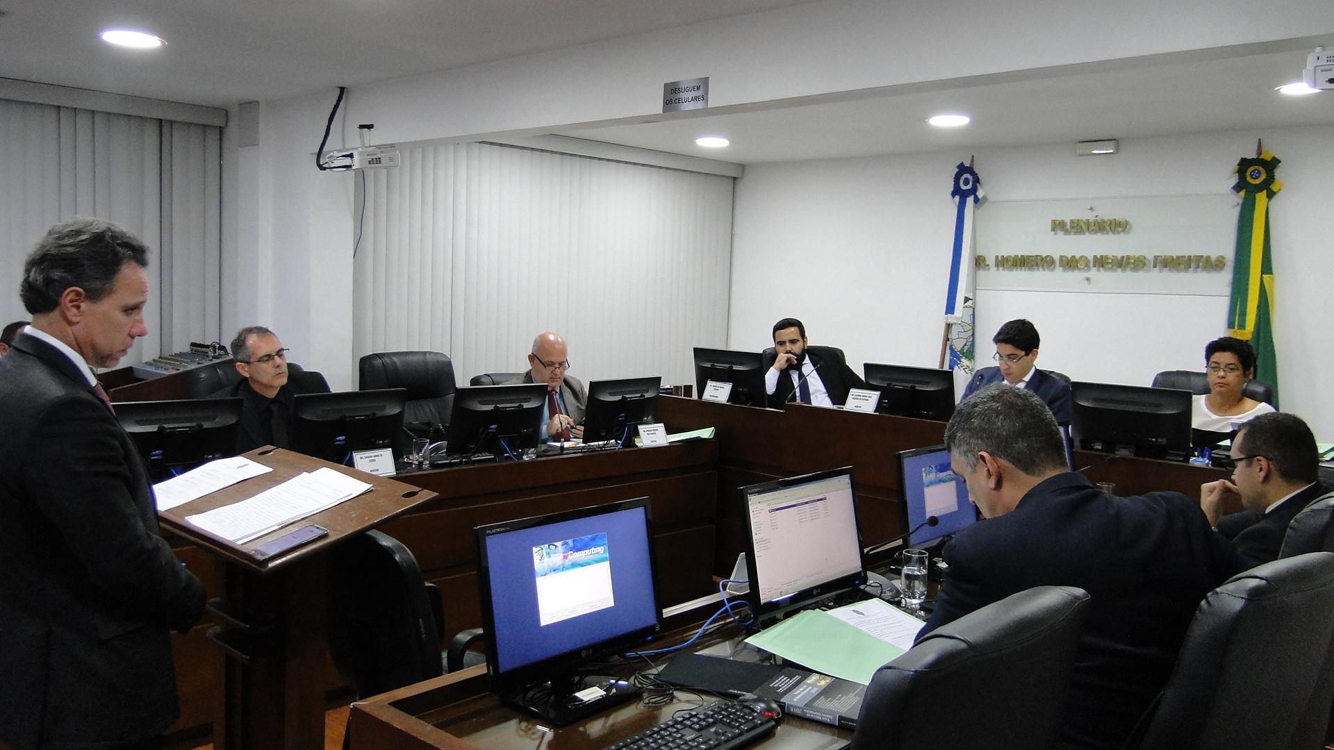 Comissão julga agressões físicas