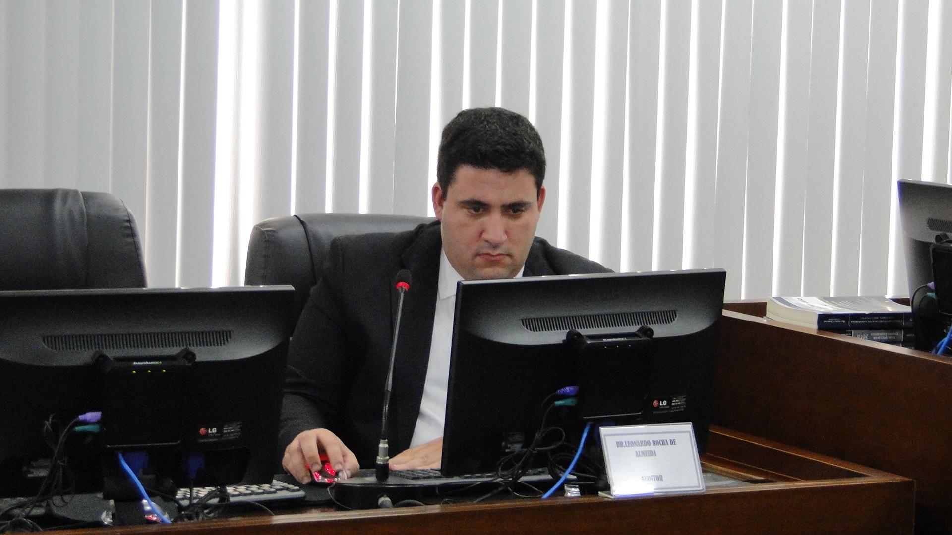 Fla e Volta Redonda são absolvidos por atraso no sub-20