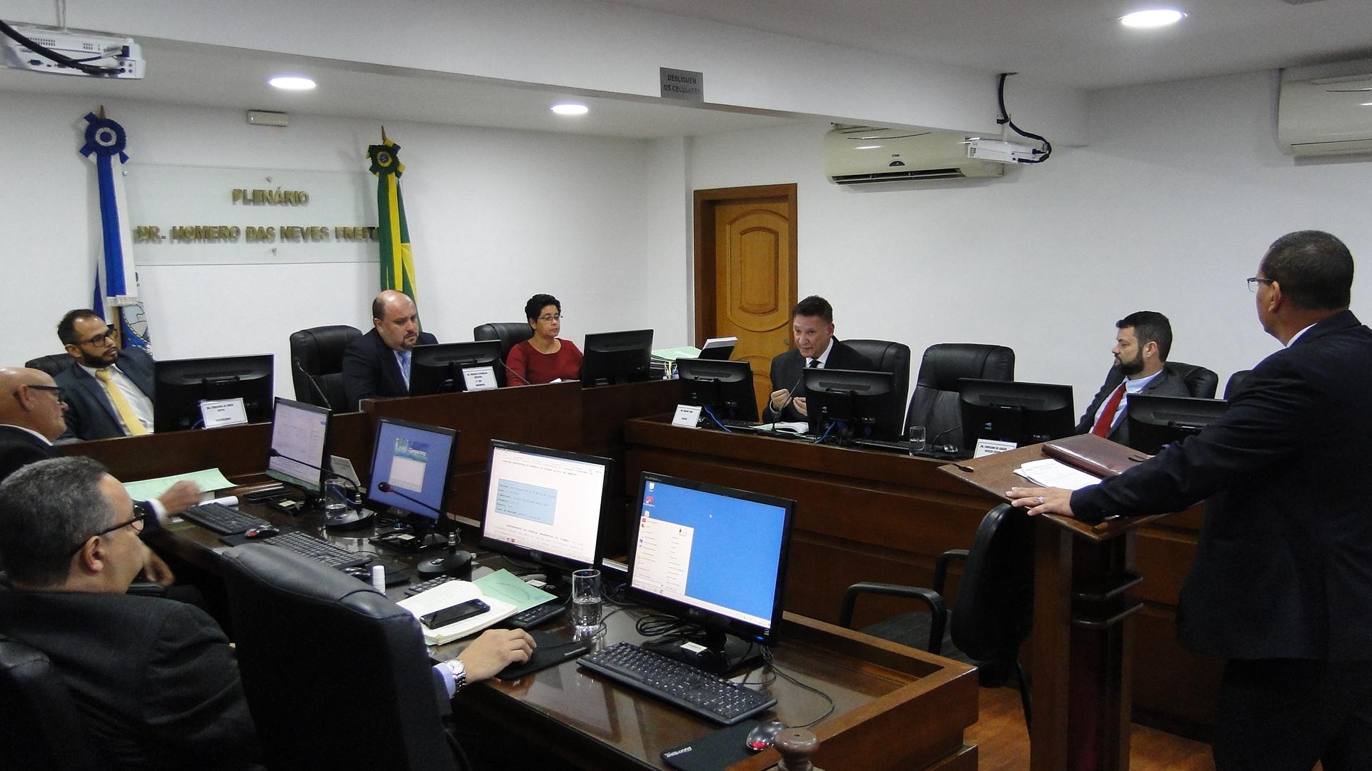 Decisões da Quarta Comissão