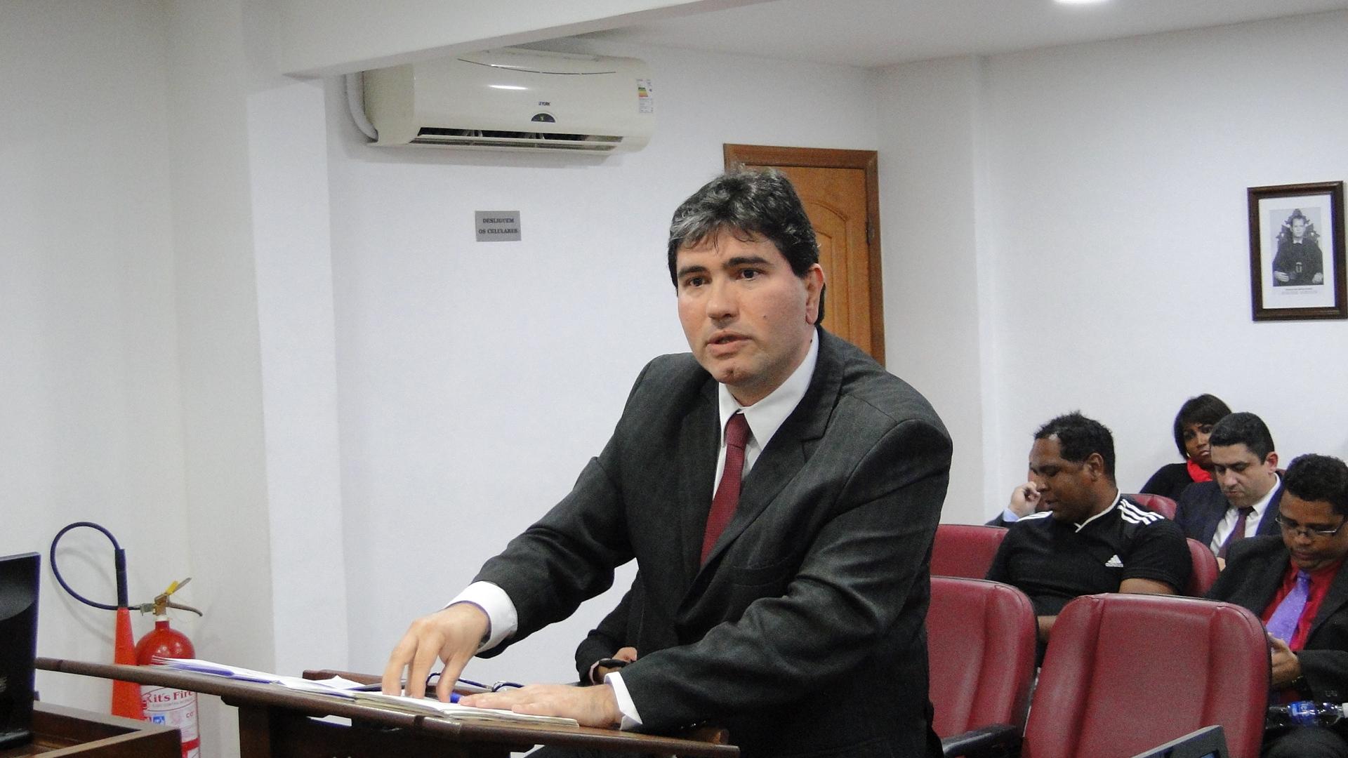 Flamengo tem dois jogadores punidos; vascaíno é absolvido